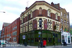 Pub in Aldgate
